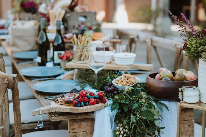 Wedding table, wedding reception, wedding flowers, table garland