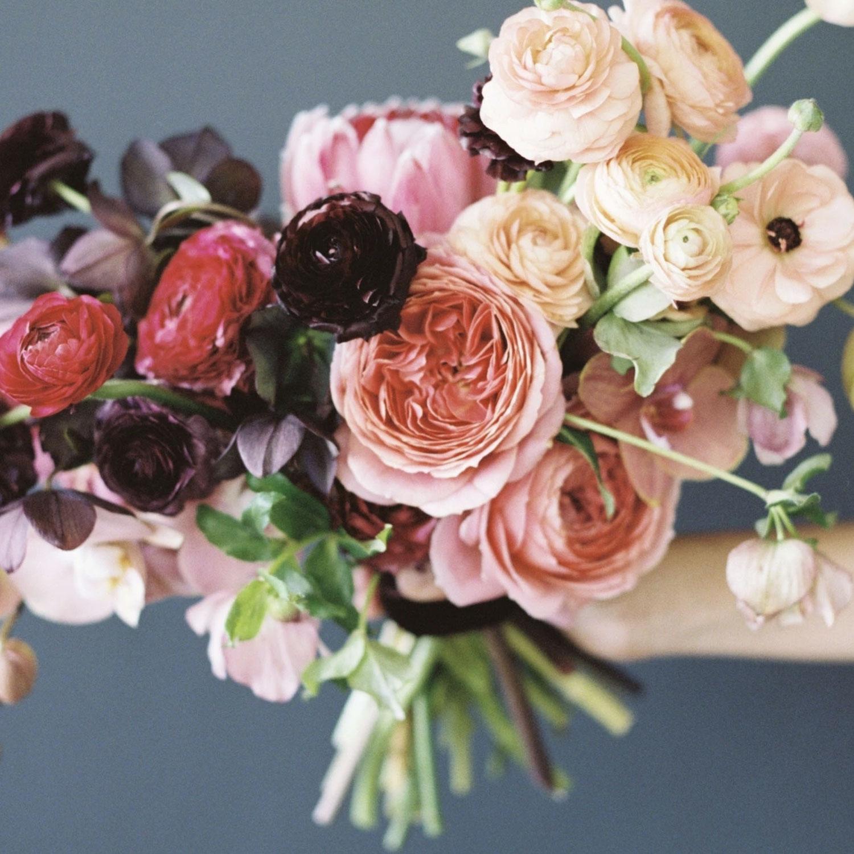 wedding flowers, London florist, flower installation, chandelier, greenery, foliage, bridal bouquet, seasonal flowers, wedding florist