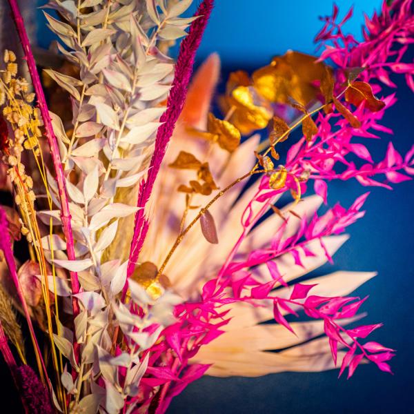 dried flower bouquet pink valentines close up