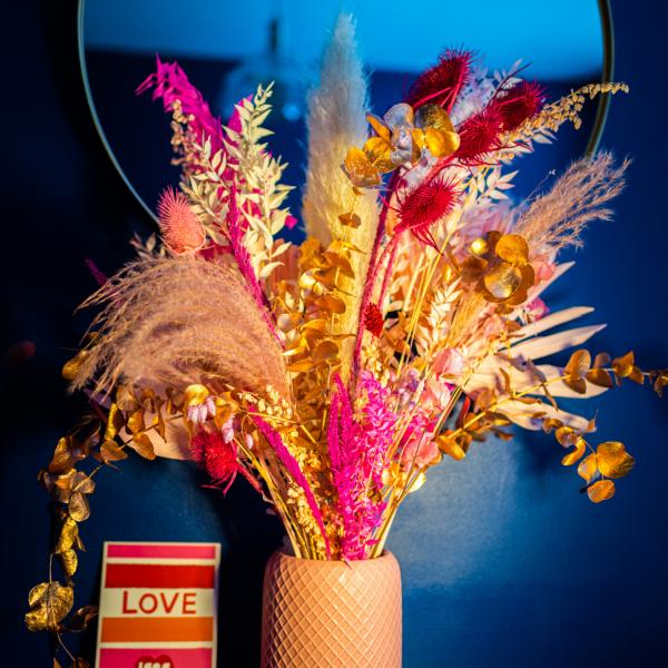 dried flower bouquet pink valentines